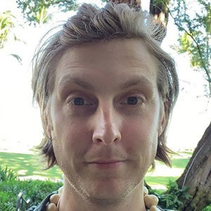 Eric Hutchinson 3 of 5