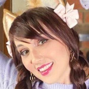 Erica Fett 4 of 10