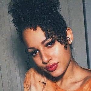 Erica Fontaine 3 of 6