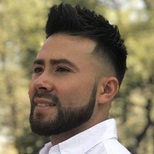 Erick Fuentes Headshot 4 of 10
