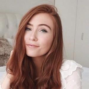 Erika Fox 5 of 6