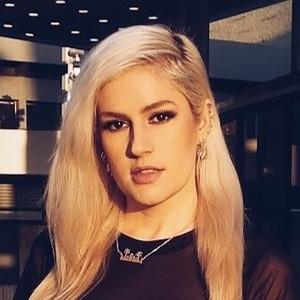 Erika Heidewald 3 of 3