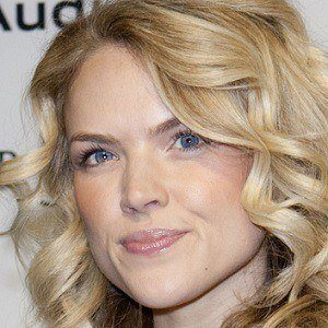 Erin Richards 4 of 10