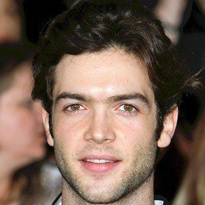 Ethan Peck 2 of 4