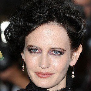 Eva Green - Bio, Facts, Family | Famous Birthdays