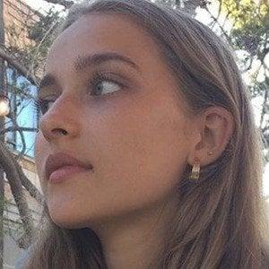 Eva Meloche 2 of 6