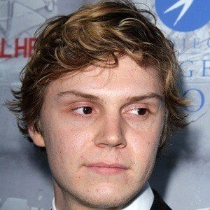Evan Peters 2 of 9