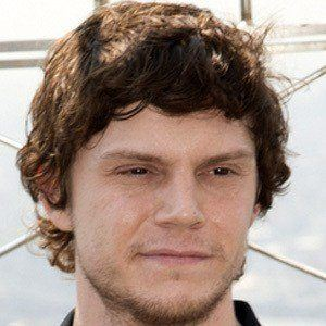 Evan Peters 7 of 9
