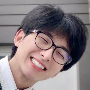 Evan Tan 2 of 7