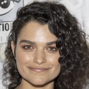 Eve Harlow 2 of 2
