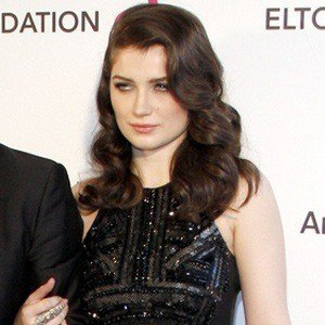 Eve Hewson 3 of 4