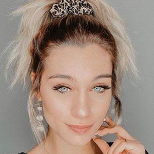 Ewa Zawada 3 of 5