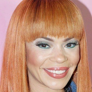 Faith Evans 2 of 10