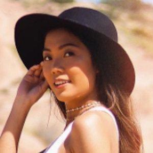 Farina Aguinaldo 2 of 10