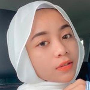 Farrah Khairina 4 of 6