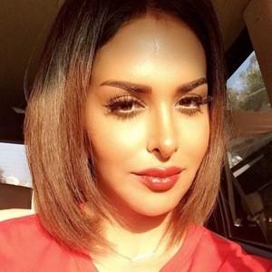 Fatma Alqadeeri 3 of 6