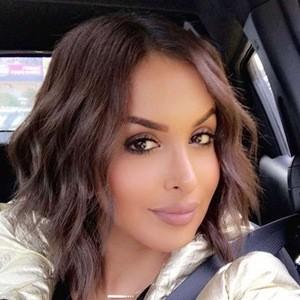 Fatma Alqadeeri 6 of 6