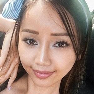 Faye Miah 4 of 6