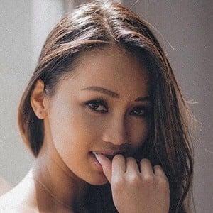 Faye Miah 5 of 6