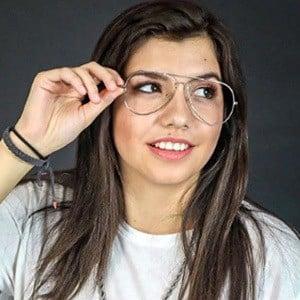 Feerchaa Pacheco 2 of 5