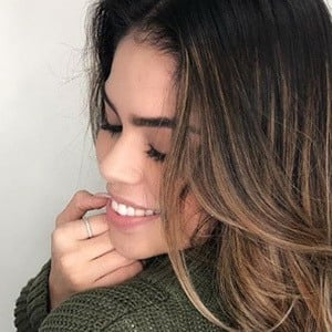Fernanda Flores 6 of 6