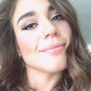 Fernanda Ni 3 of 10