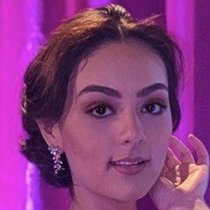 Fernanda Rivas 2 of 6