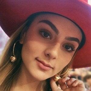 Fernanda Rivas 6 of 6