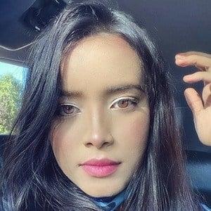 Fernanda Vegas 4 of 7