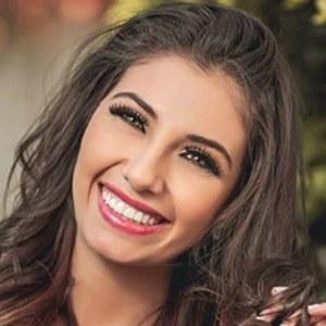 Fiorella Zamora 2 of 5