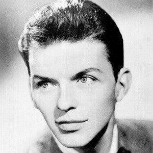 Frank Sinatra 4 of 10