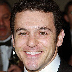 Fred Savage 2 of 8