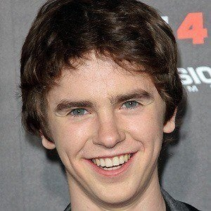 Freddie Highmore 3 of 10