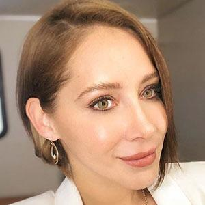 Gabriela Carrillo 2 of 5