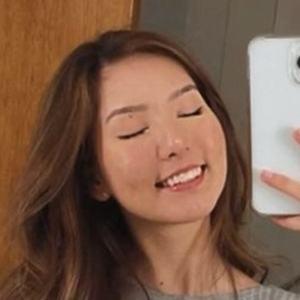 Gabriela Mayumi Headshot 4 of 10