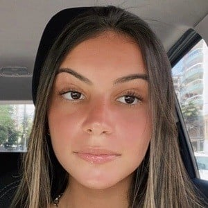 Gabriela Moura Headshot 10 of 10