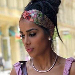 Gabriella Waheed Sanders 2 of 5