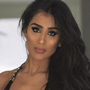 Gabriella Waheed Sanders 3 of 5
