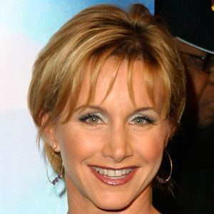 Gabrielle Carteris 2 of 9