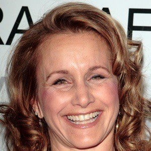 Gabrielle Carteris 3 of 9