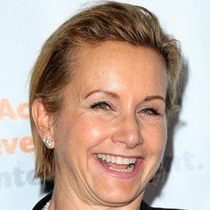 Gabrielle Carteris 6 of 9