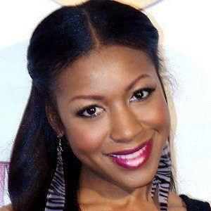 Gabrielle Dennis 3 of 5