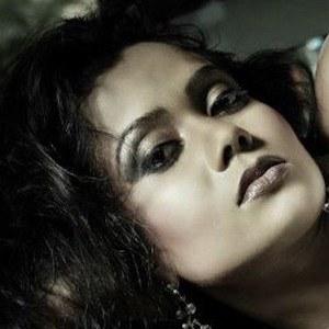 Gayesha Perera 2 of 6