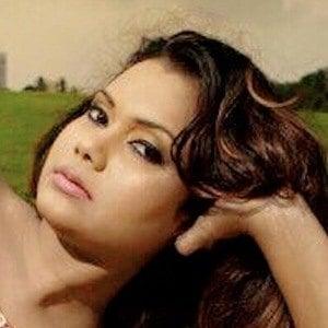 Gayesha Perera 3 of 6