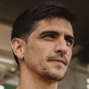 Gerard Moreno Headshot 9 of 10