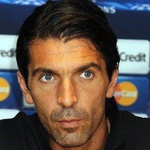 Gianluigi Buffon 4 of 7