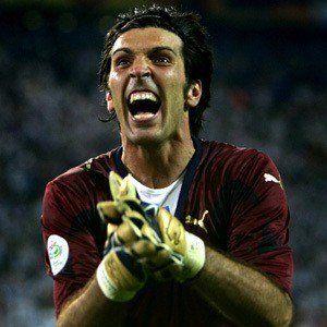 Gianluigi Buffon 6 of 7