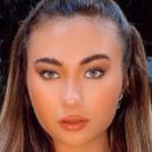 Gianna Luke 4 of 10