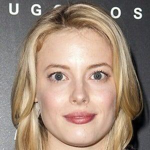 Gillian Jacobs 5 of 10