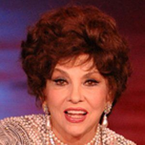 Gina Lollobrigida 2 of 4